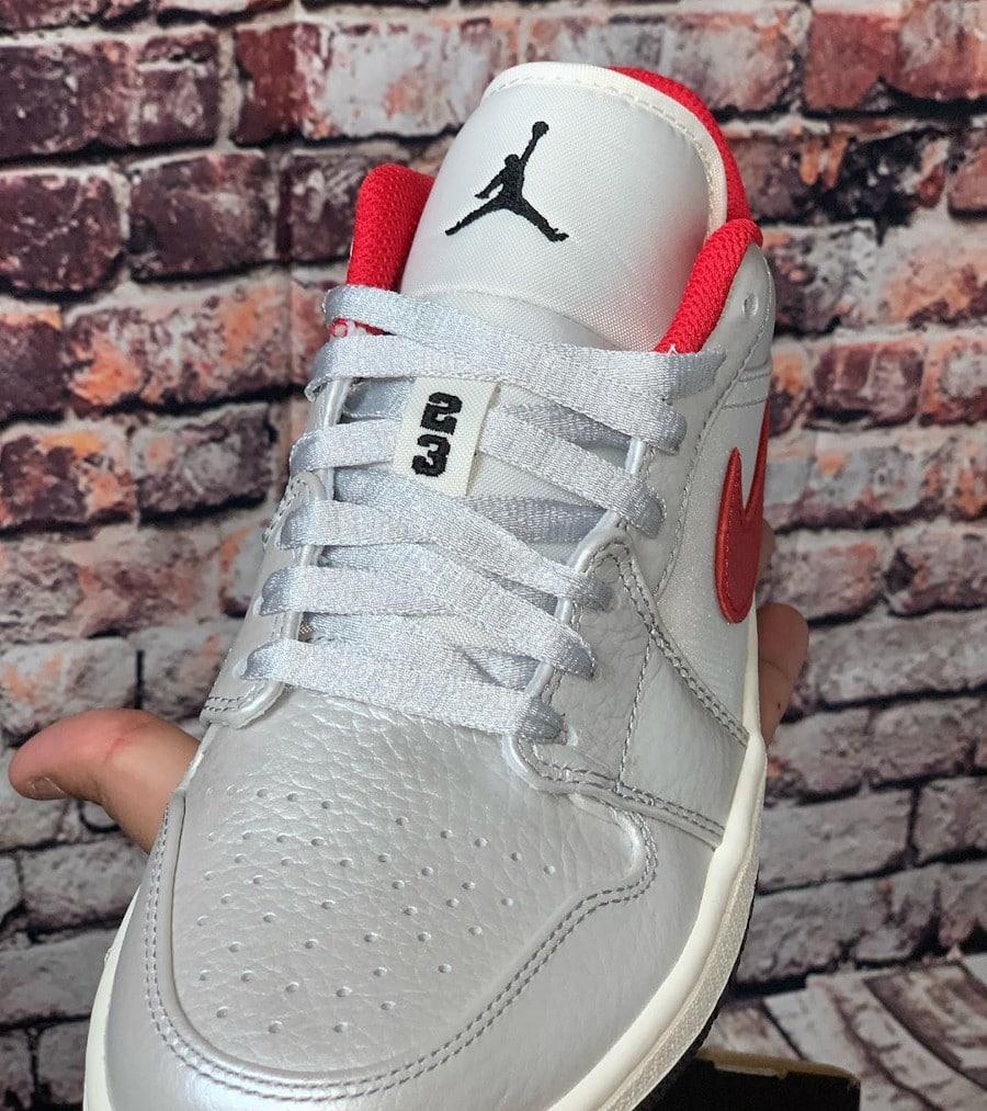 Air Jordan 1 Low 2020 gris argent métallique et rouge (3)