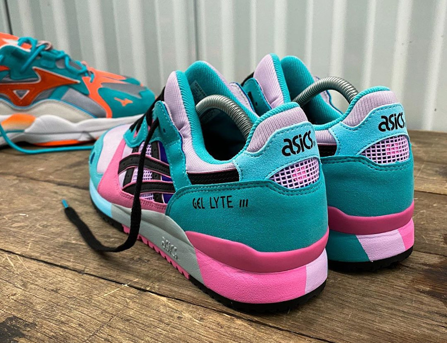 Asics Sportstyle Gel Lyte III 2020 turquoise violet et rose (2)