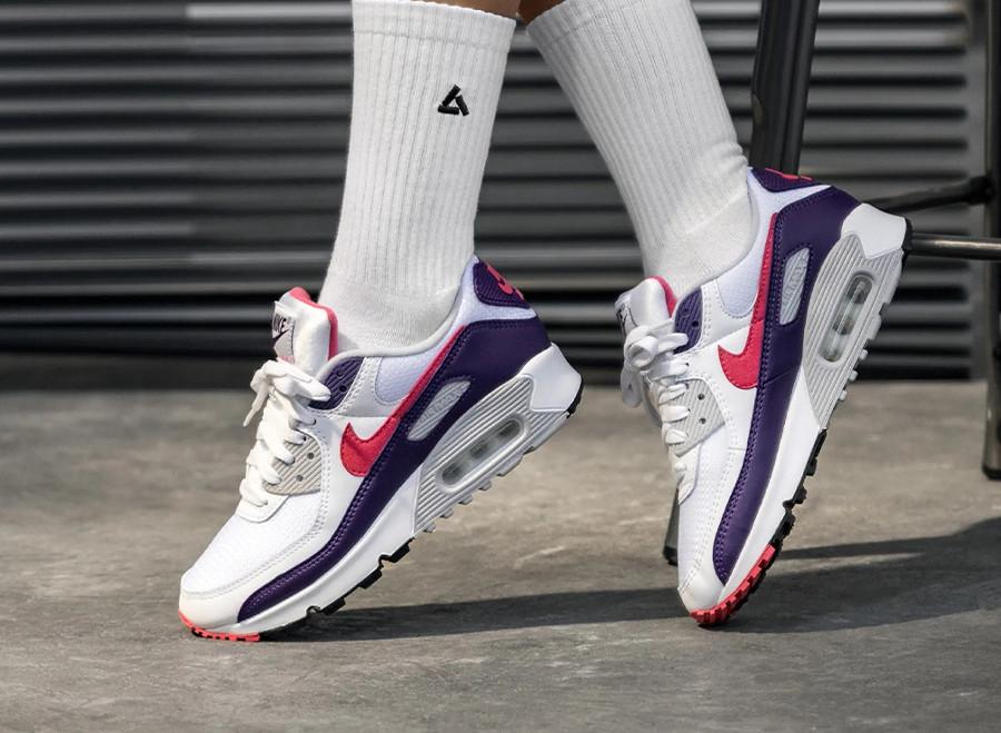 Nike Air Max 90 30th femme violet aubergine blanche et rose (3)