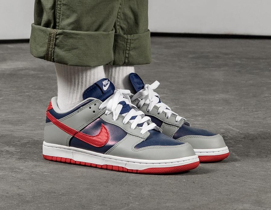Nike Dunk Low Co.JP gris bleu irisé et rouge (4)