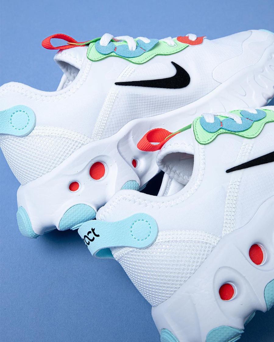 Nike React Artemis blanche rouge verte et bleu pour femme (7)