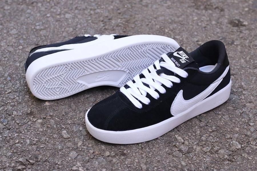 Nike React Bruin SB noire et blanche (1-2)