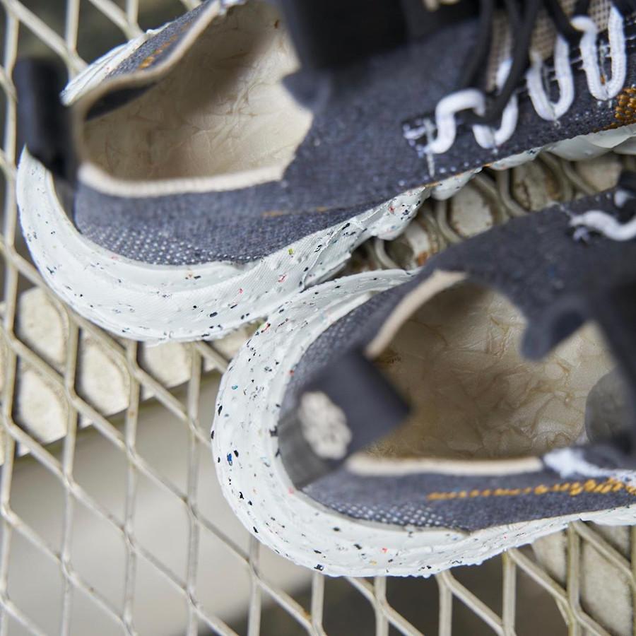 Nike Space Hippie 01 en déchets recyclés gris et marron (1)