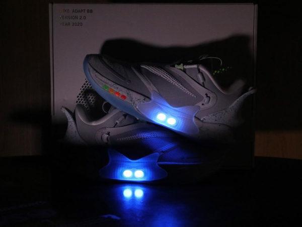Nike autolaçante BB 2 lumières LED (2)