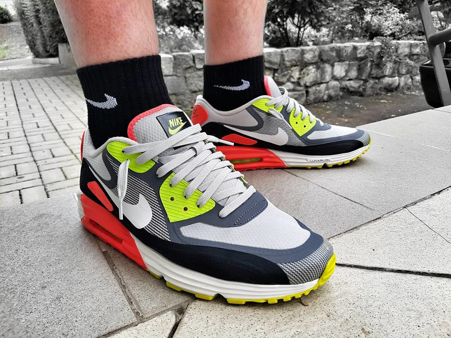 2014 - Nike Air Max 90 Lunar90 WR Infrared Volt - @mza_scarhead