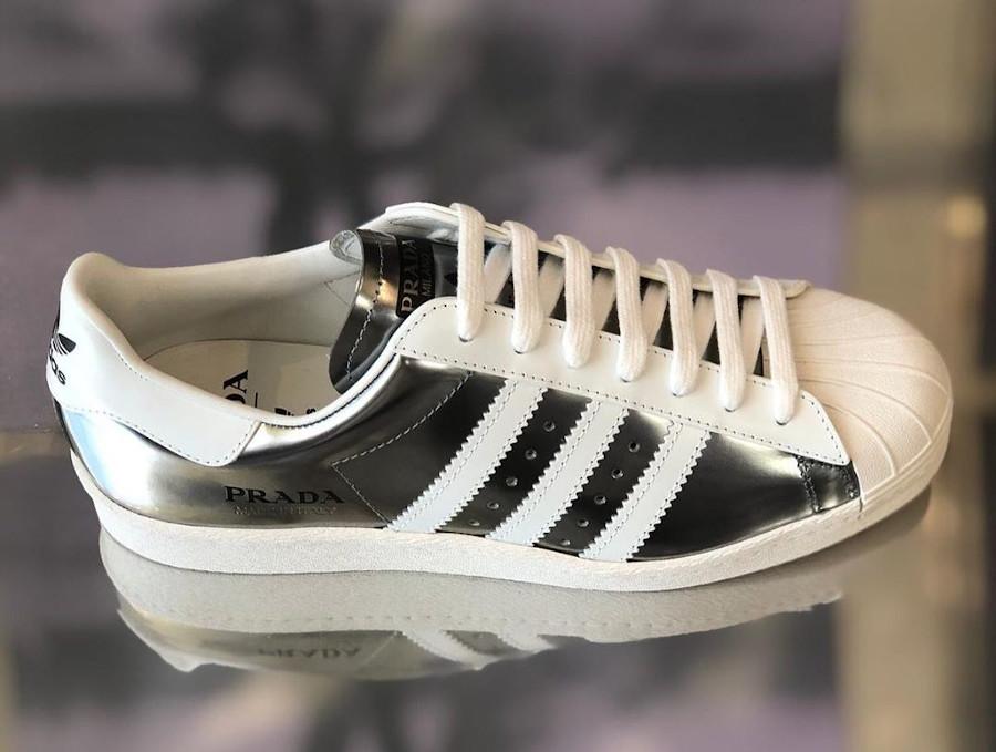 Adidas Originals Superstar gris argent métallique FX4546