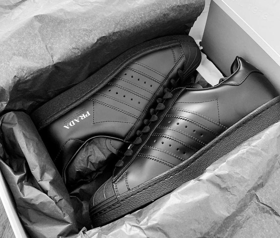Adidas Originals Superstar noire FW6679 (2)