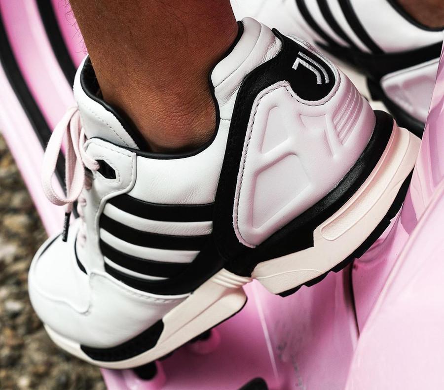 Adidas Originals ZX6000 bianconeri turin on feet (1)
