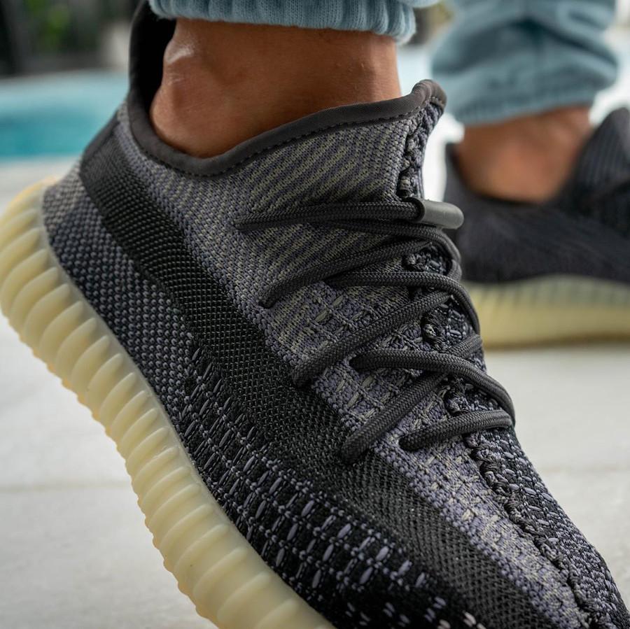 Adidas Yeezy Boost 350 V2 2020 en Primeknit gris et noir (1)