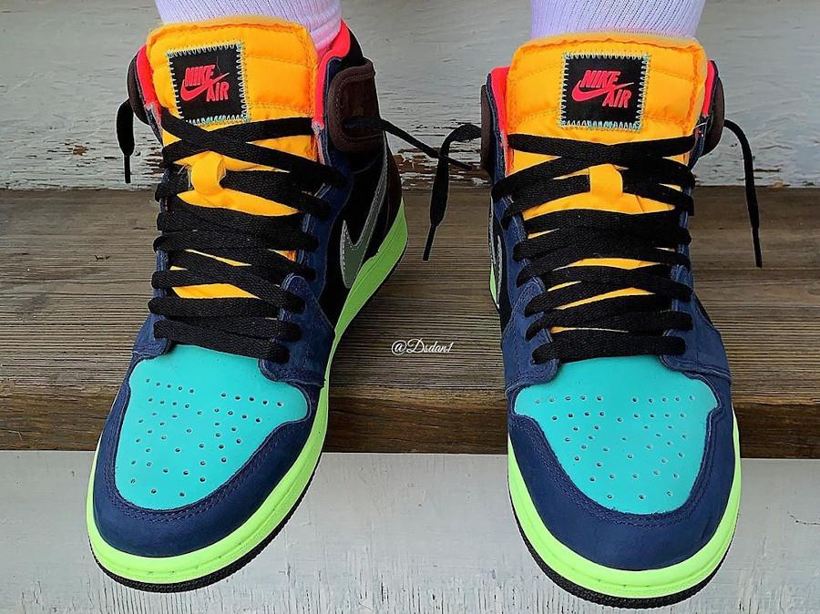 Air Jordan 1 Hi OG multicolore on feet (2)