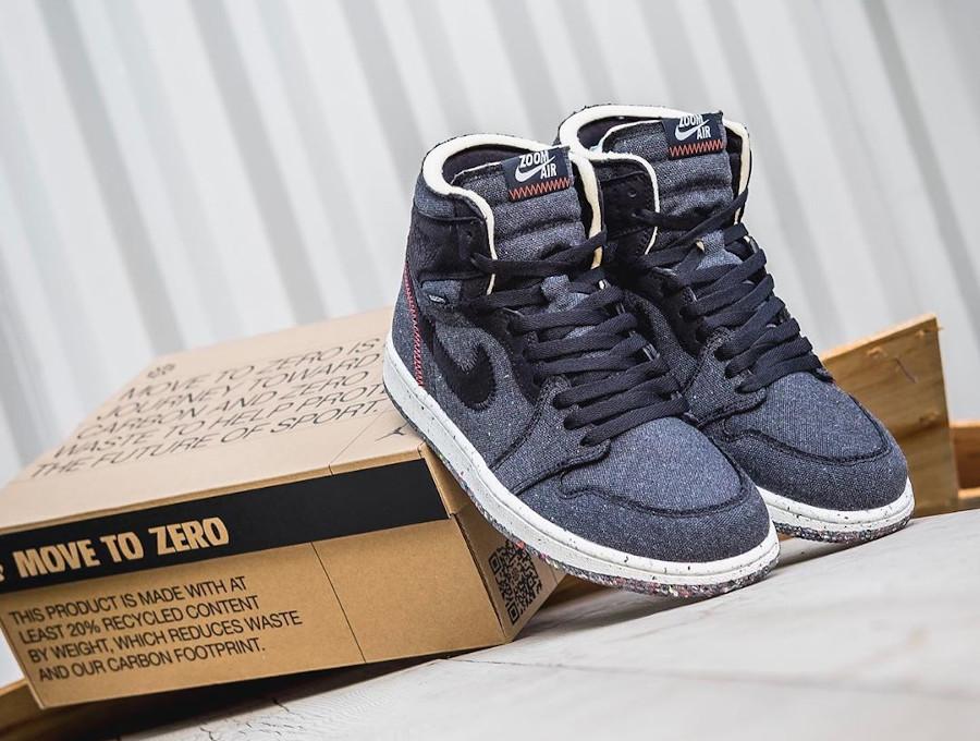 Air Jordan 1 recyclée grise et noire (8-3)