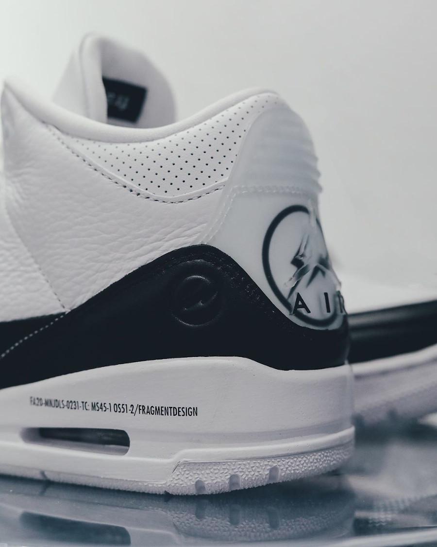 Air Jordan III 2020 blanche et noire (5)
