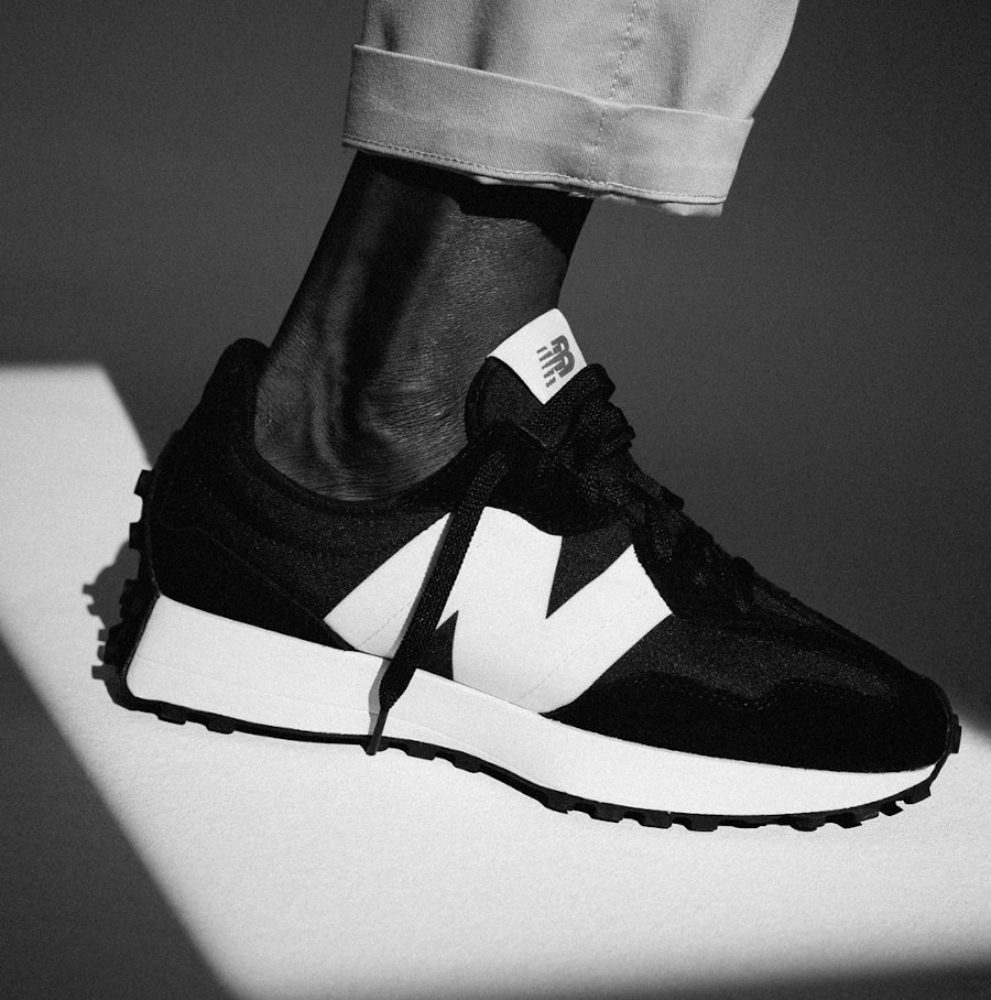 New Balance 327 MS327CPG Black White
