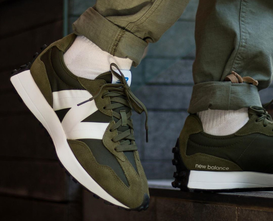 New Balance 327 ms327cpe oak Leaf Green (1)