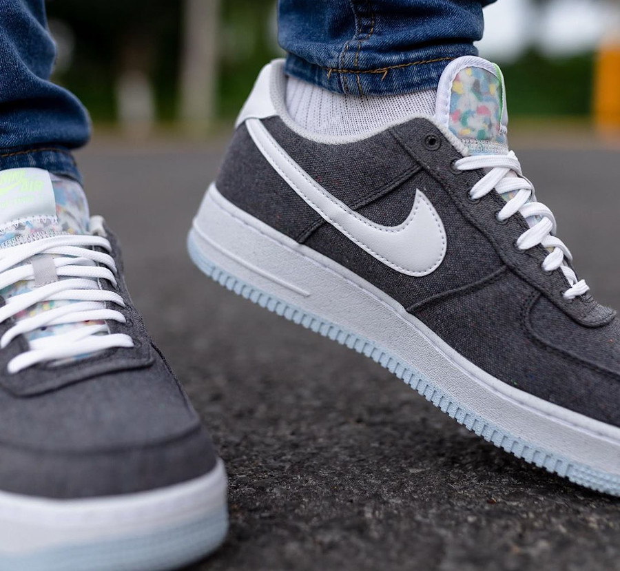 Nike Air Force One Low en toile recyclée grise (4)