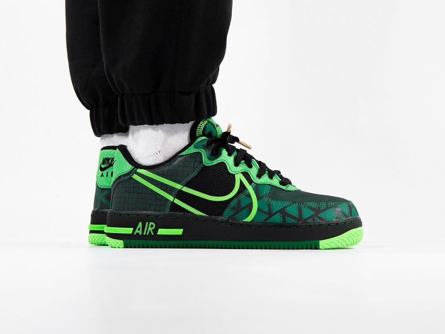 Nike Air Force One React Super Eagles (7)