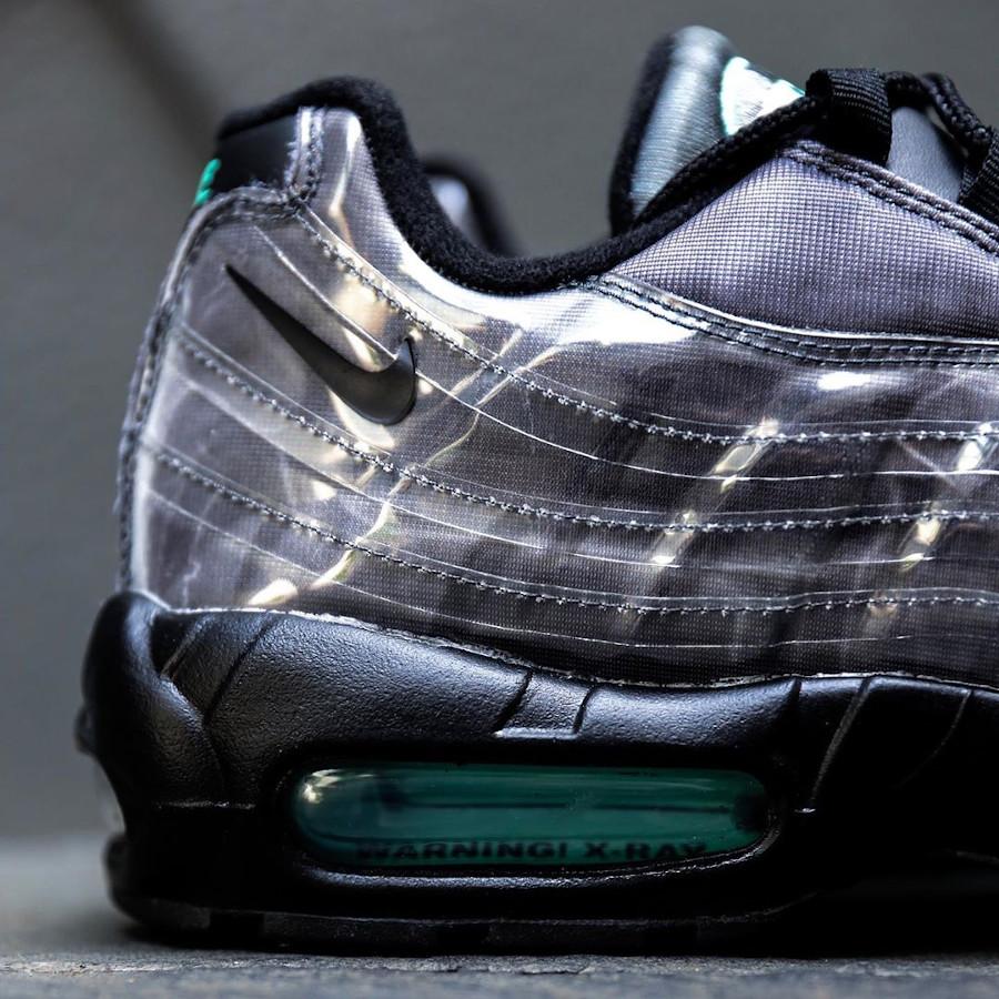Nike Air Max 95 noire avec imprimé squelette (2)