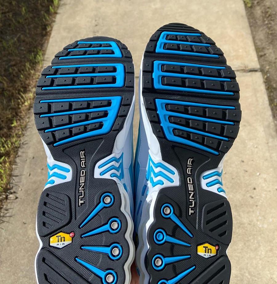 Nike Air Max Plus III Requin blanche et bleu ciel (2)