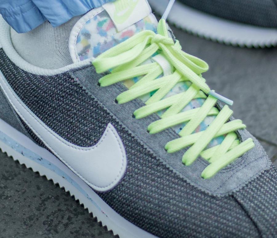 Nike Cortez en toile recyclée grise (3)
