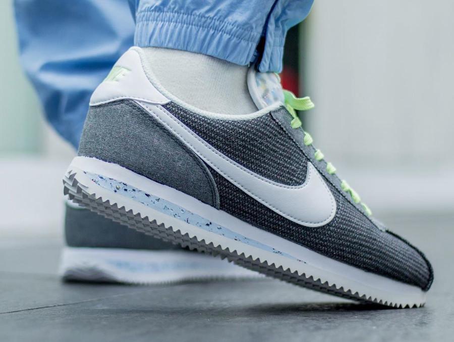 Nike Cortez en toile recyclée grise (4)