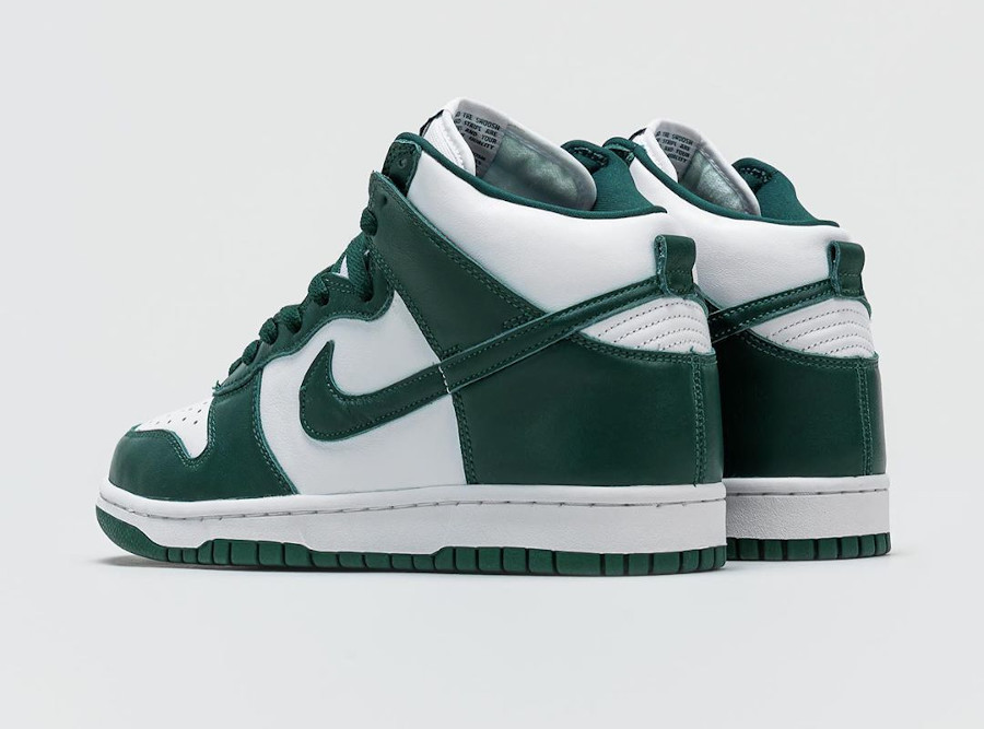 Nike Dunk High blanche et verte (Be True To Your School) (2)