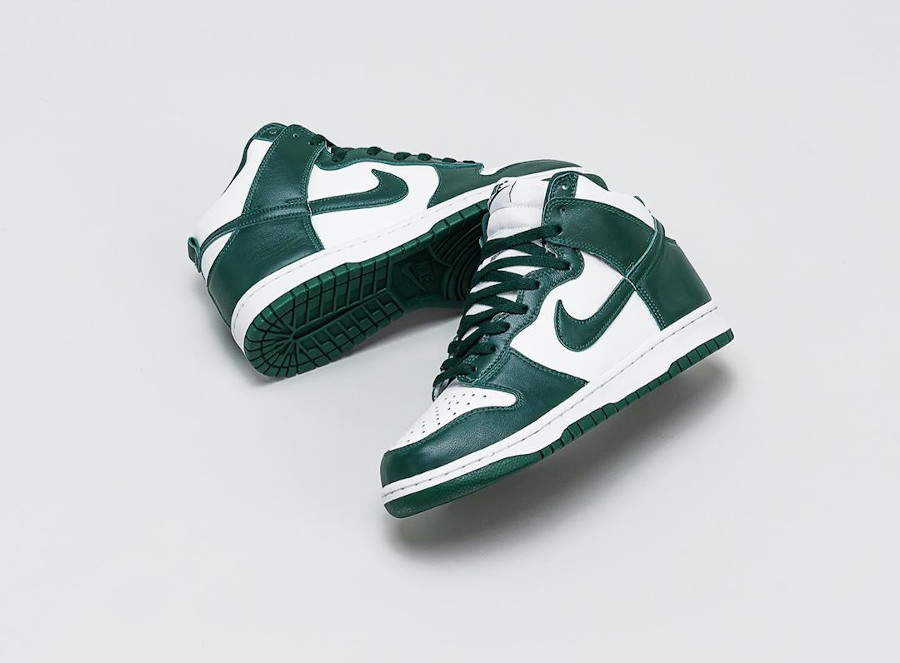 Nike Dunk High blanche et verte (Be True To Your School) (4)
