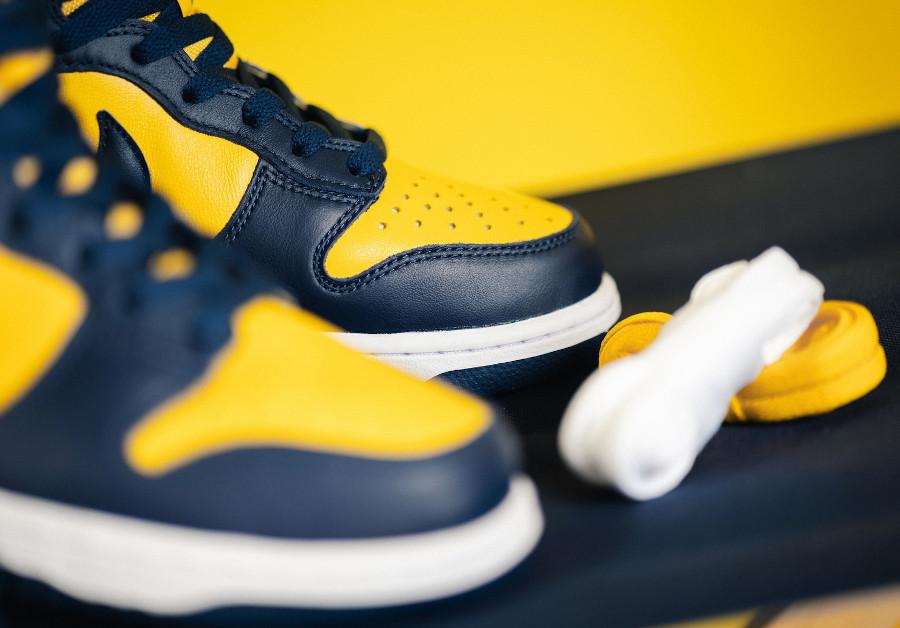 Nike Dunk montante M jaune et bleu foncé (3)
