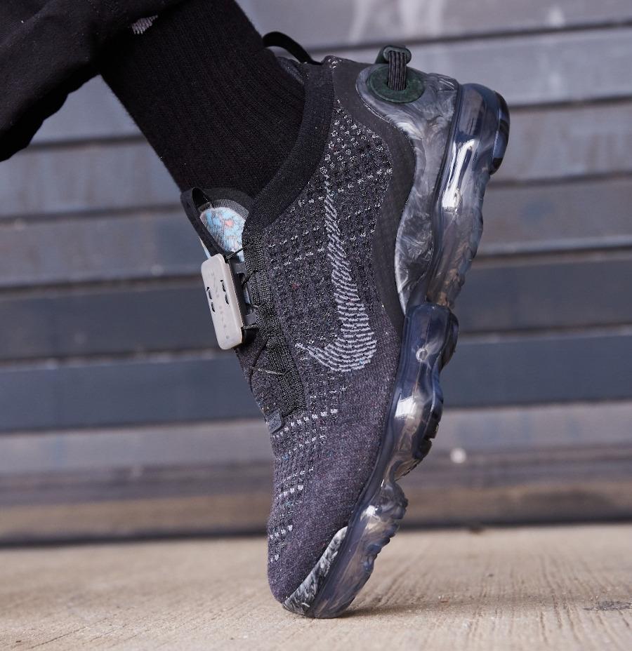 Nike Vapormax Flyknit 2020 Space Hippie gris et noir (2)