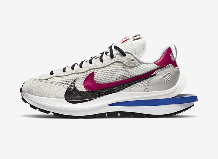 Nike x sacai VaporWaffle Royal Fuchsia