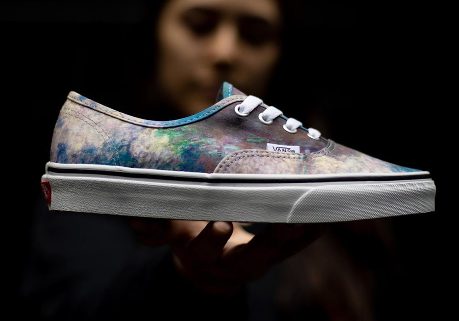 Vans Authentic Nympheas VN0A2Z5I18H (1)
