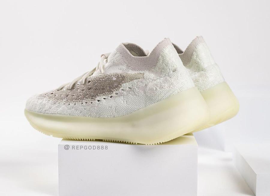 Adidas Yeezy Boost 380 2020 beige et grise (1)