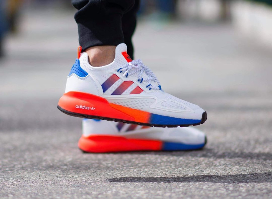 Adidas ZX 2K Boost blanche orange et bleue (3)