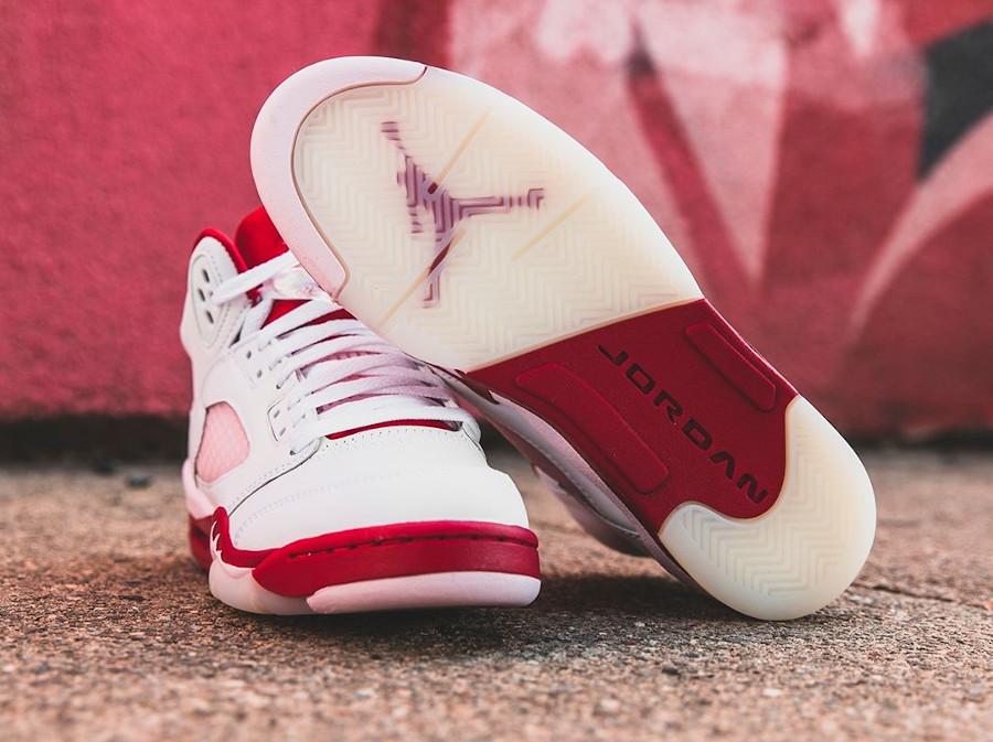 Air Jordan V Retro fille 2020 blanche rose et rouge (3)