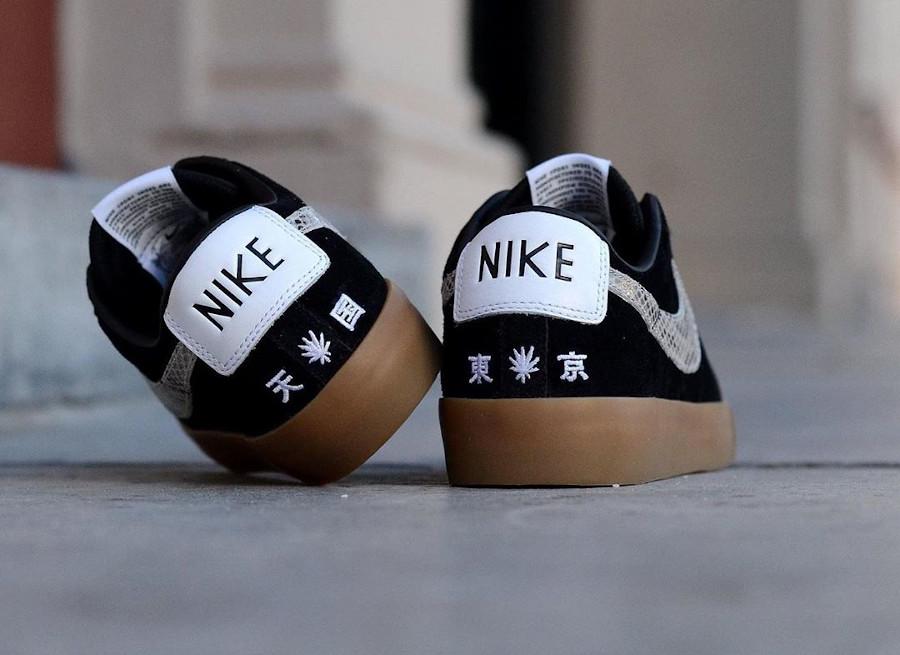 Atsuhiko Mori x Nike SB Blazer Low Black Snakeskin DA7257-001 (1)