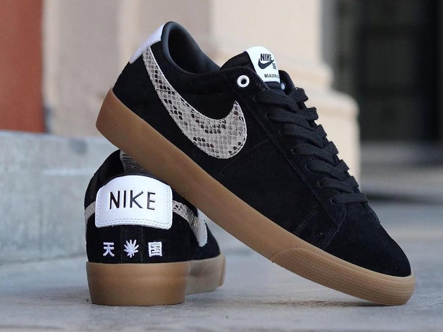 Atsuhiko Mori x Nike SB Blazer Low Black Snakeskin DA7257-001 (2)