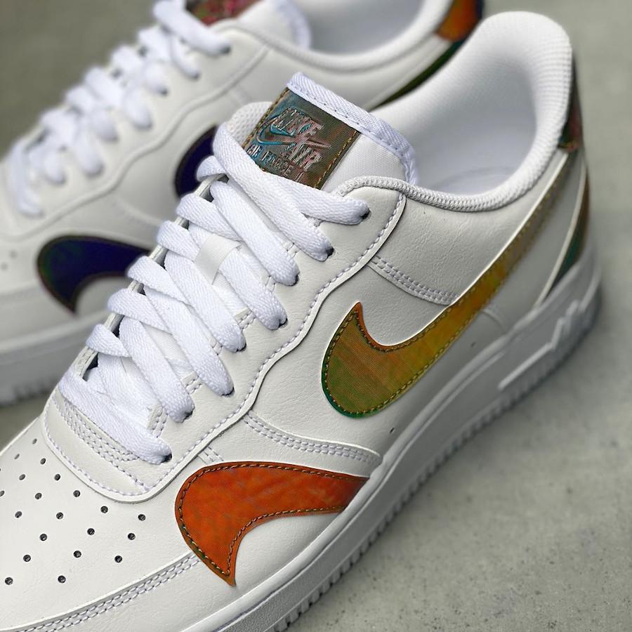 Nike Air Force 1 '07 LV8 blanche (virgules irisées) (4)