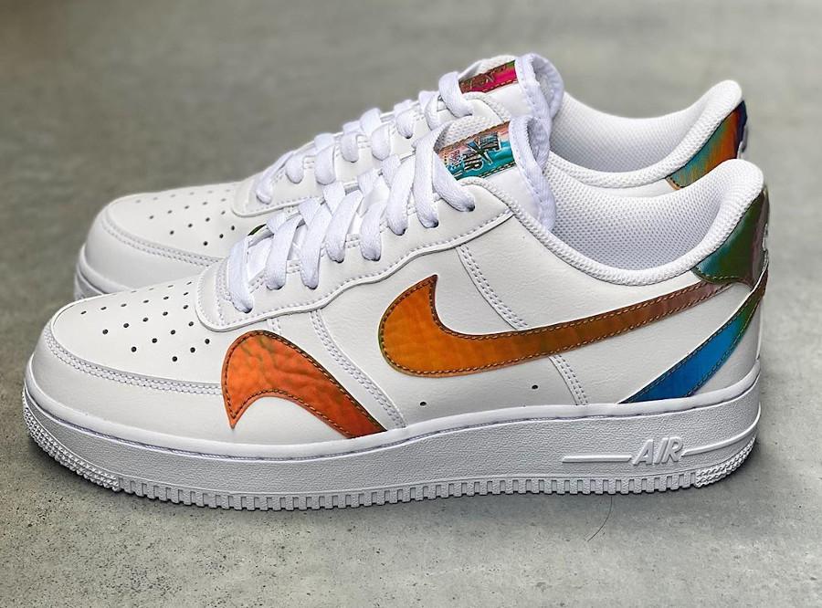 Nike Air Force 1 '07 LV8 blanche (virgules irisées) (5)