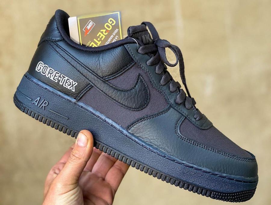 Nike Air Force 1 '07 Low 20' noire imperméable (1)