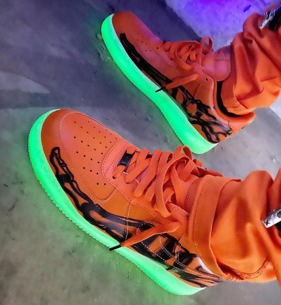 Nike Air Force 1 '07 QS Skeleton Orange Halloween 2020 CU8067-800