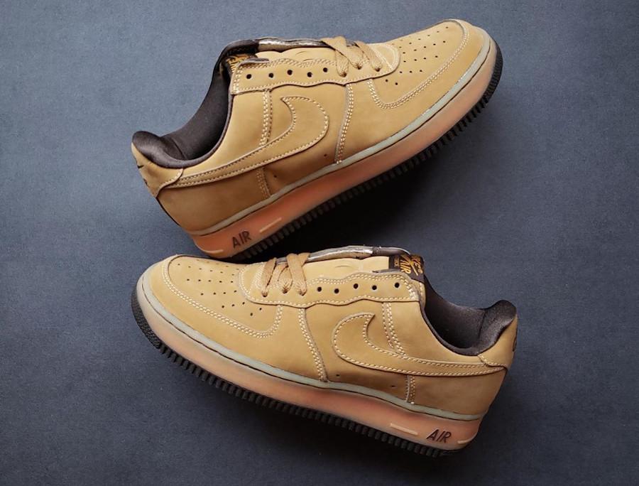 Nike Air Force 1 Wheat Dark Mocha Ble Noica 2001 vintage (1)