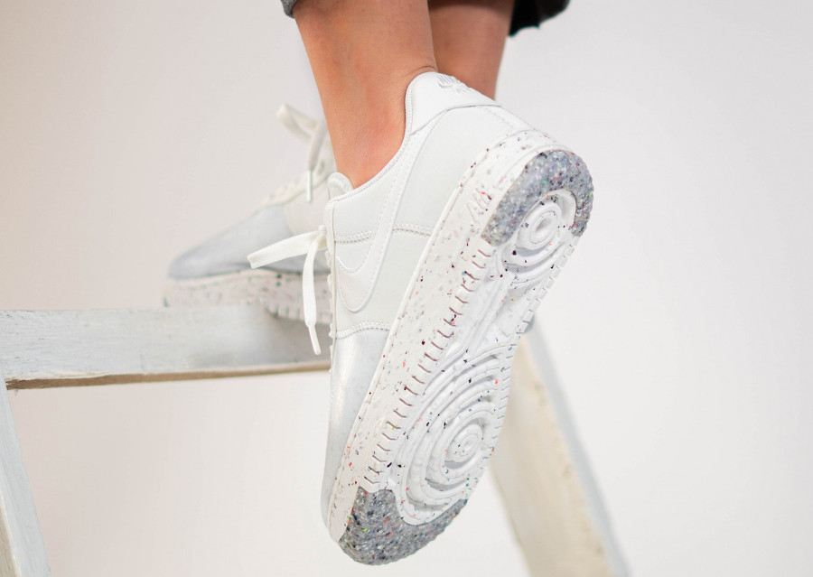 Nike Air Force 1 femme recyclée blanche (2)