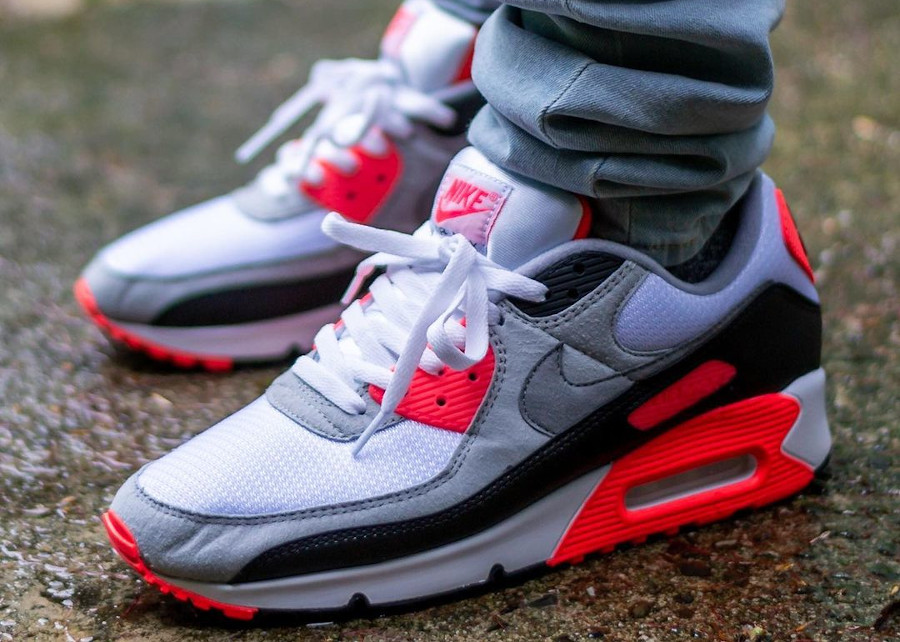 Nike Air Max III 'Radiant Red' Infrared 2020 (30th Anniversary)