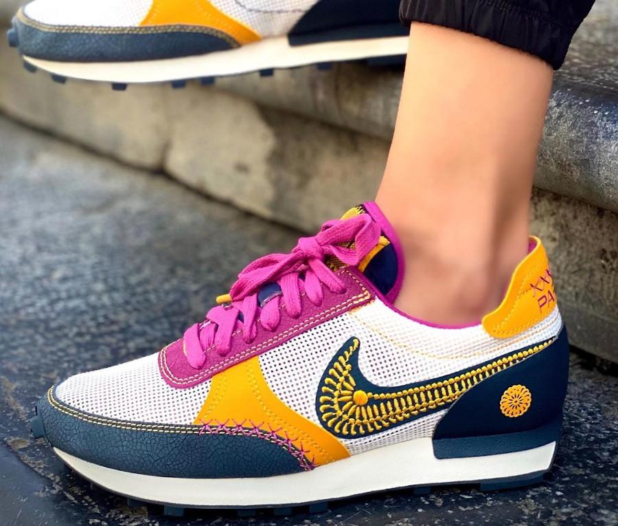 Nike Daybreak Type jour des morts on feet