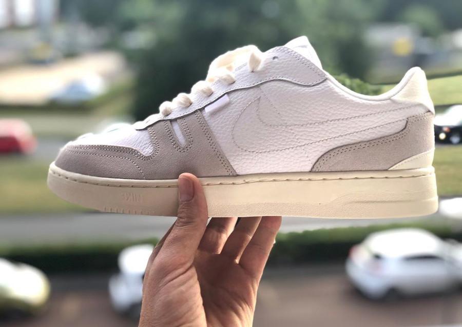 Nike Squash Type N354 Platinum Tint pas cher