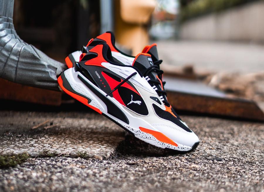 Puma Running System blanche noire et orange (2)