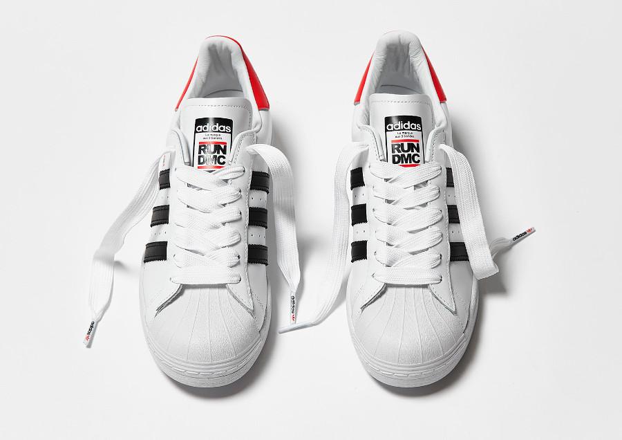 Adidas Superstar 80's run d mc blanche noire et rouge (3)