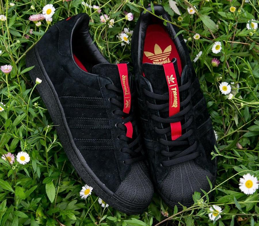 Adidas Superstar ADV en daim noir FY9025 (1)