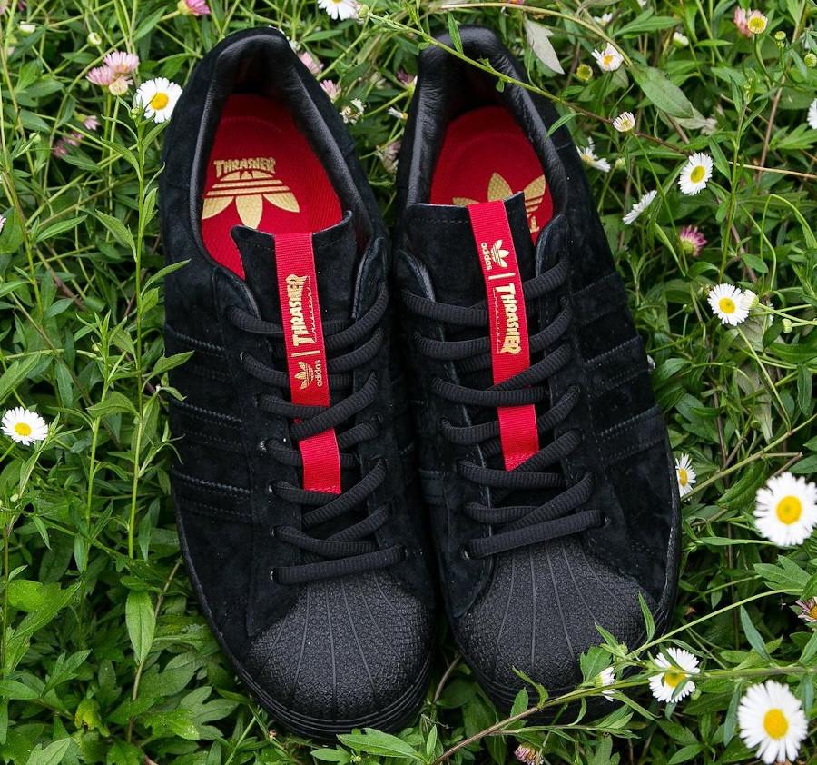 Adidas Superstar ADV en daim noir FY9025 (4)
