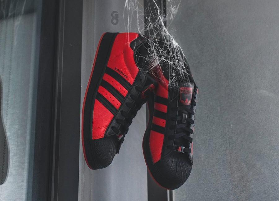 Adidas Superstar homme araignée rouge et noir (5)