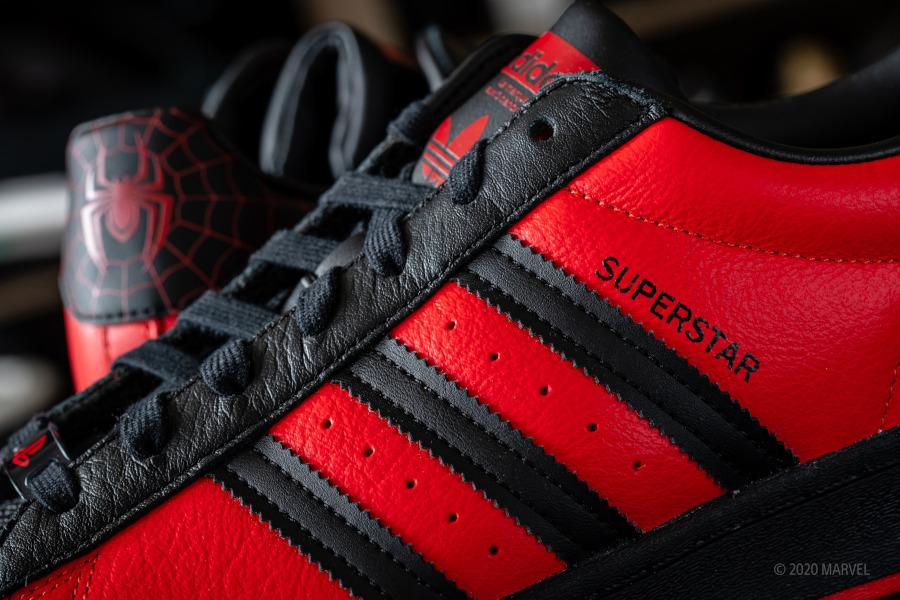 Adidas Superstar homme araignée rouge et noir (7)